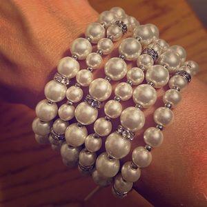 NWT WHBM pearl bracelet